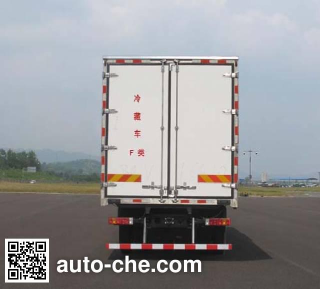 Shacman SX5250XLCMA9 refrigerated truck