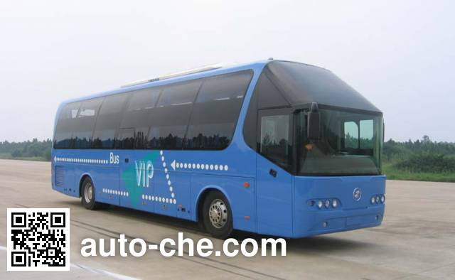 Shacman SX6127W sleeper bus
