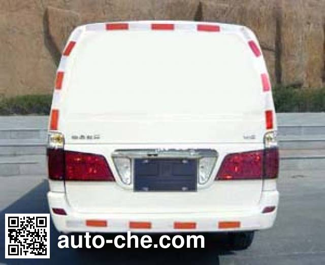 Jinbei SY5033XXY-D3SBH1 box van truck