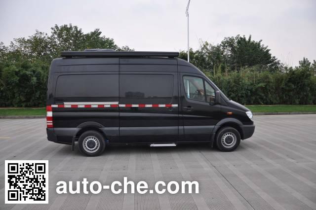 Tongjiang TJX5040XLJ motorhome