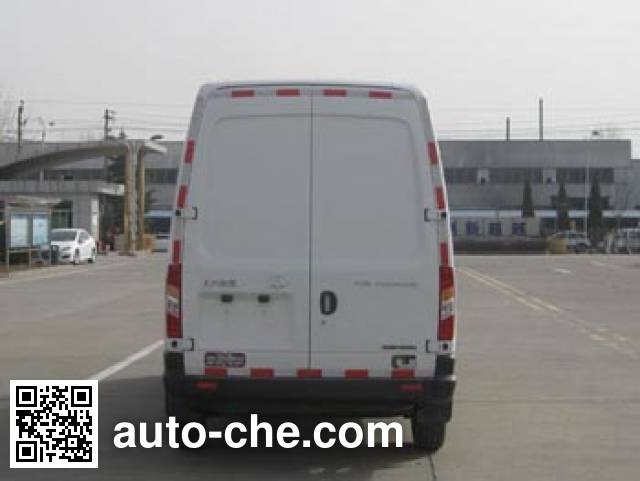 Frestech XKC5040XLC5C refrigerated truck