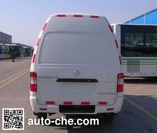 Golden Dragon XML5026XXY65 box van truck