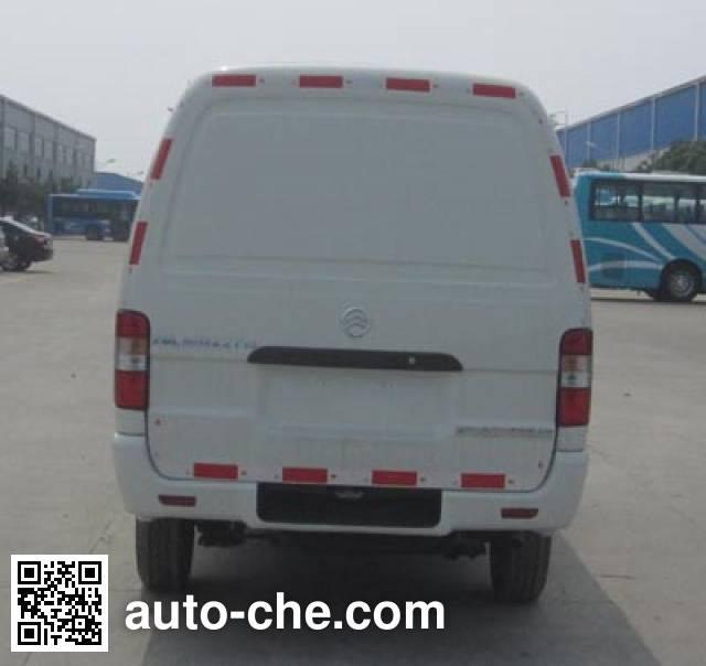 Golden Dragon XML5035XXY95 box van truck