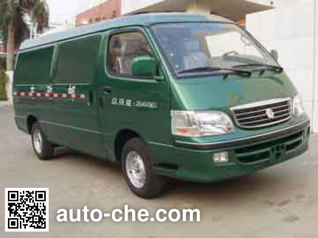 Golden Dragon XML5035XYZA8 postal vehicle