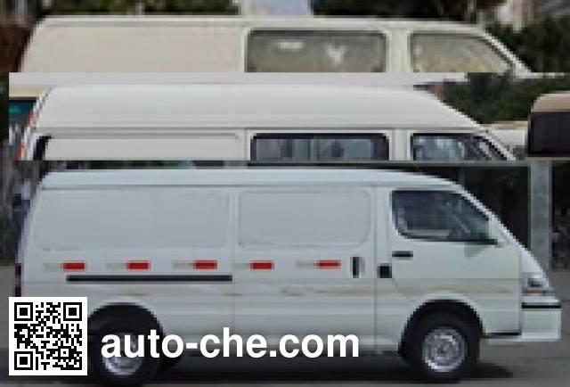 Golden Dragon XML5036XLC28 refrigerated truck