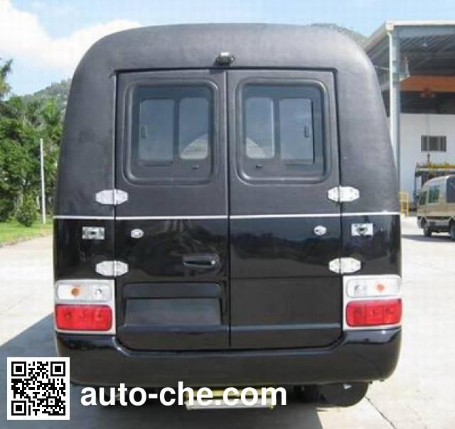 Golden Dragon XML5050XBY18 funeral vehicle