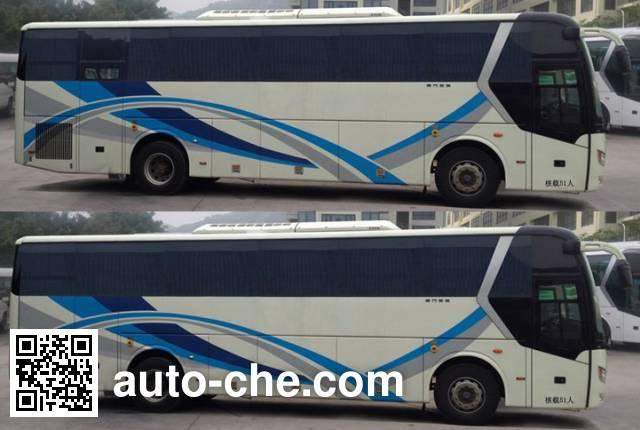 金旅牌XML6112JEV70纯电动客车