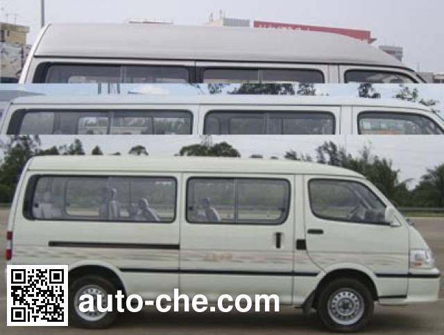 Golden Dragon XML6532J85 minibus
