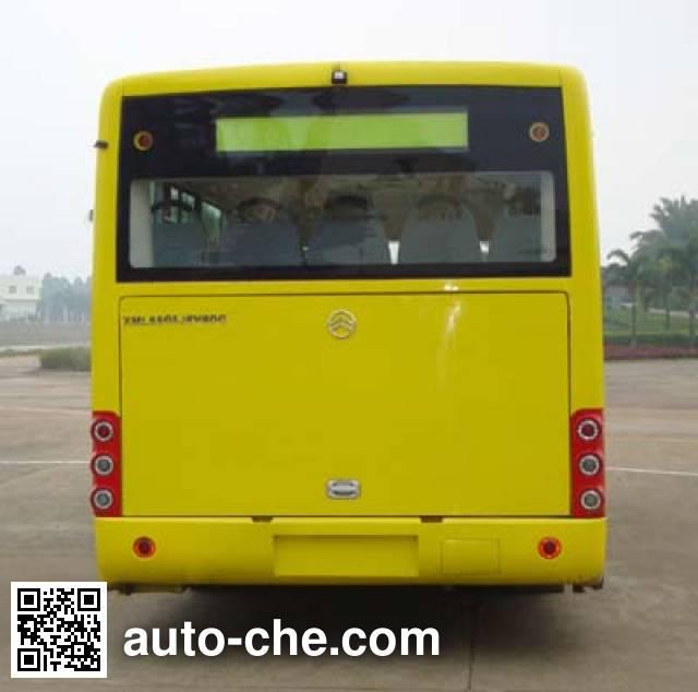 Golden Dragon XML6805JEV80C electric city bus