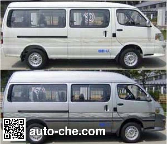 金龙牌XMQ6530EEB4D轻型客车