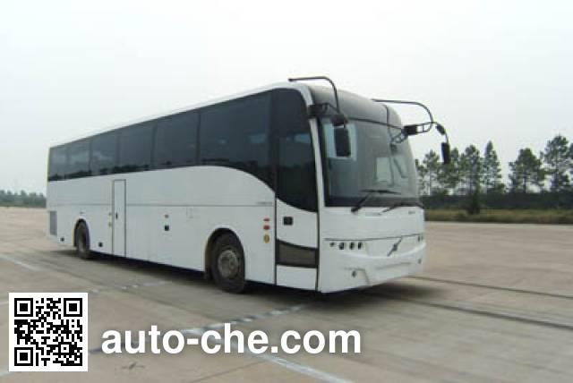 Xiwo XW6122DA bus