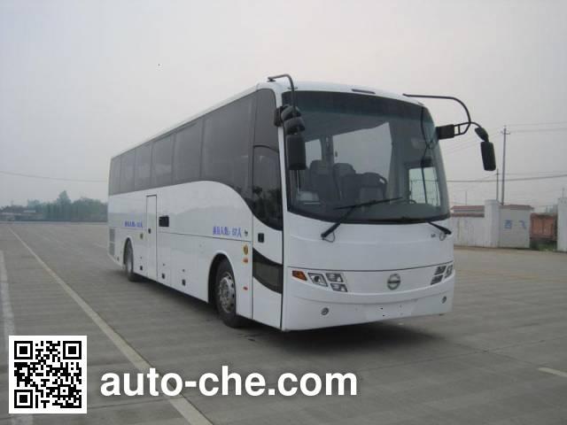 西沃牌XW6123CD客车