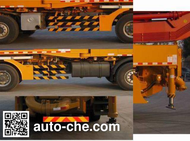 XCMG XZJ5435THB concrete pump truck