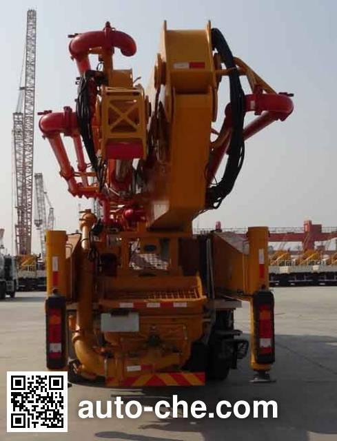 XCMG XZJ5441THBB concrete pump truck