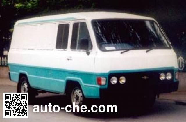 Yanjing YJ5021XXYA box van truck