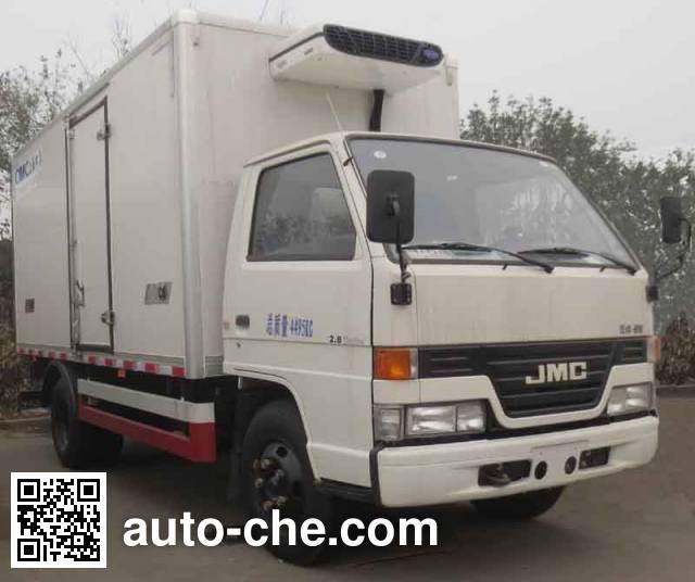 CIMC ZJV5042XLCSH refrigerated truck