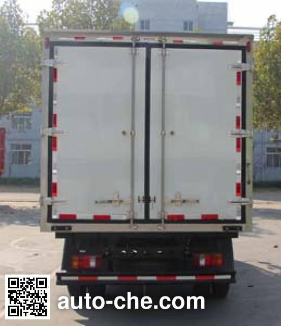 Luzhu Anju ZJX5047XLCD refrigerated truck