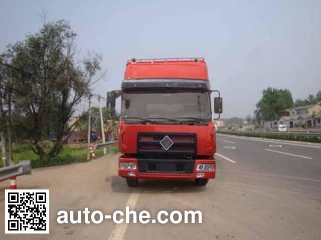 Jinggong ZJZ5310CCQDPT7AZ3 livestock transport truck