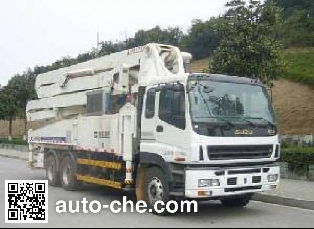 Zoomlion ZLJ5337THB concrete pump truck