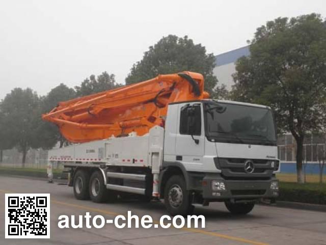 Zoomlion ZLJ5339THB concrete pump truck