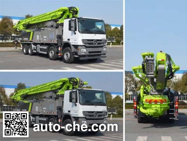 Zoomlion ZLJ5440THBB concrete pump truck