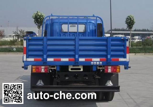 Sinotruk Howo ZZ1047D3413D1Y38 cargo truck