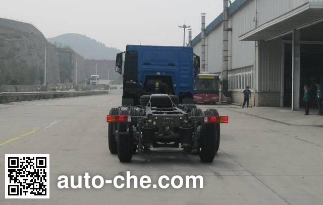 豪沃牌ZZ1247N573GE1K载货汽车底盘