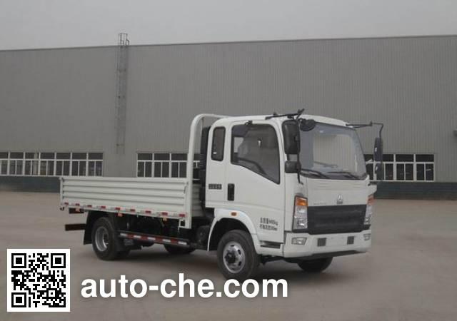 豪沃牌ZZ2047F332CE145越野载货汽车