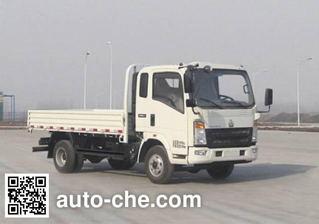 豪沃牌ZZ2047F342CD143越野载货汽车