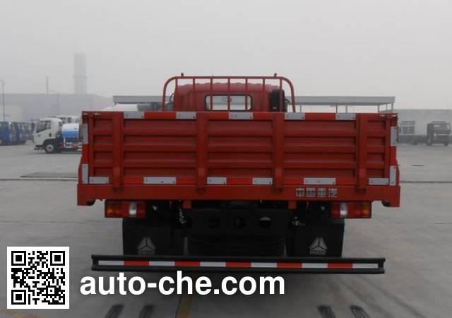 豪沃牌ZZ3047G331CE141自卸汽车