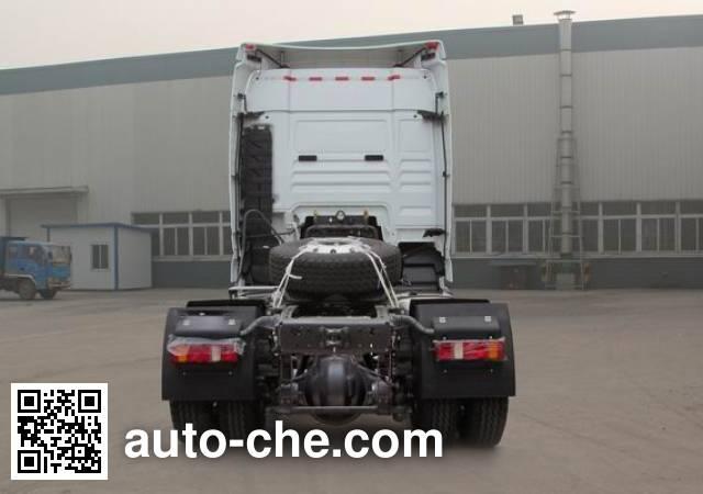 汕德卡牌ZZ4186V361HD1Z集装箱半挂牵引车