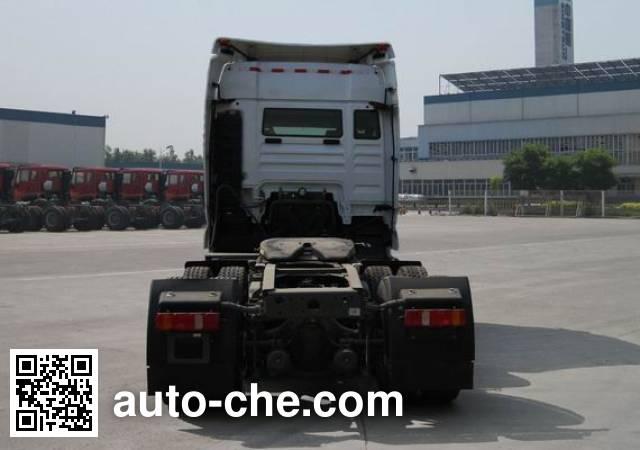 Sinotruk Sitrak ZZ4256V324ME1W tractor unit