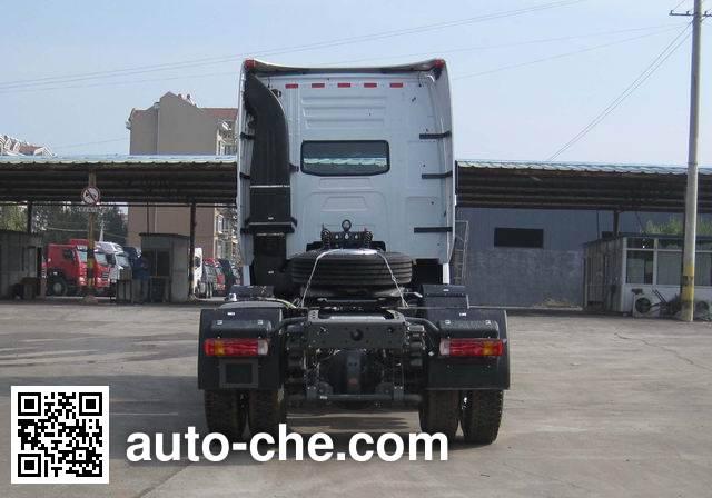 Sinotruk Howo ZZ4257N27CWE1 tractor unit