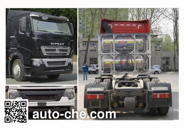 Sinotruk Howo ZZ4257V383HE1L tractor unit