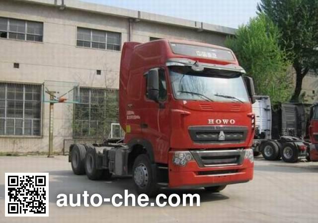 Sinotruk Howo ZZ4257W324HE1B tractor unit