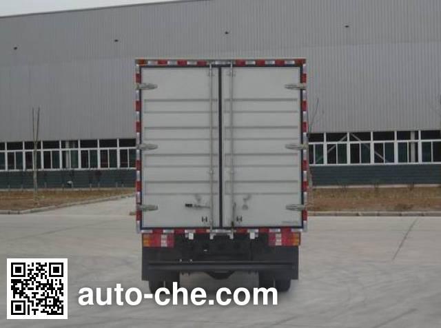 Sinotruk Howo ZZ5057XXYF381CD155 box van truck