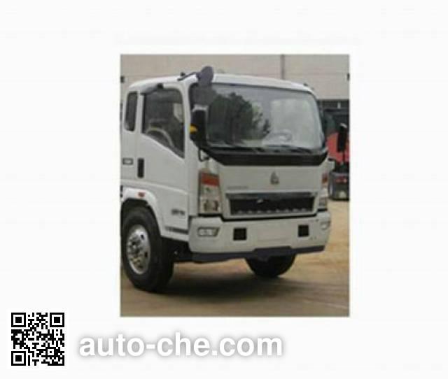 Sinotruk Howo ZZ5107XXYD3415D1 box van truck