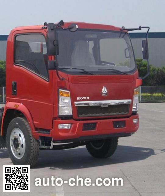 Sinotruk Howo ZZ5127CPYD3415D1 soft top box van truck