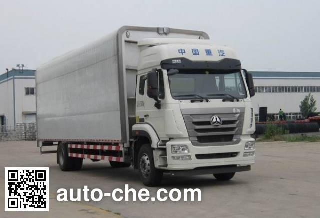 Sinotruk Hohan ZZ5185XYKN7113E1 wing van truck