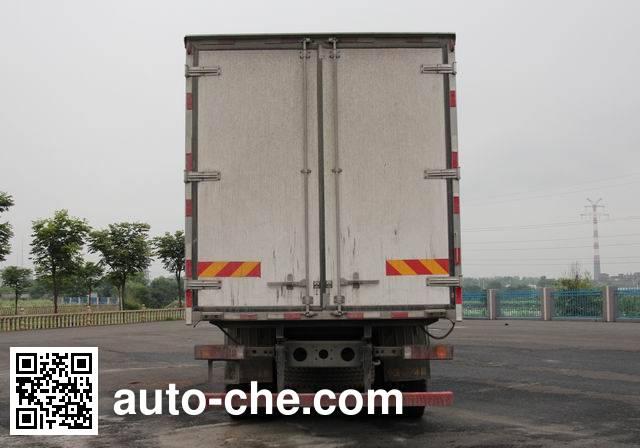 Sinotruk Howo ZZ5317XLCN466GE1B refrigerated truck