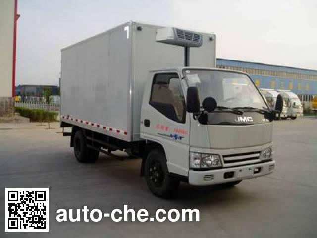 希尔牌ZZT5060XLC冷藏车