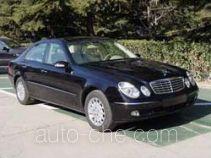 Mercedes-Benz BJ7260 car