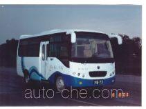 齐鲁牌BWC6601C型客车