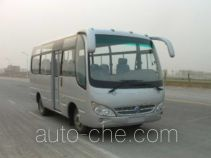 齐鲁牌BWC6660B型客车