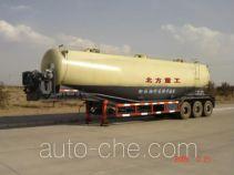 北方重工牌BZ9400GFL型粉粒物料运输半挂车