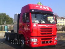 FAW Jiefang CA4255P2K15T1NE5A80 dangerous goods transport tractor unit