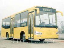 川马牌CAT6861H型城市客车