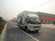 Tianshun CHZ5080XYM horse transport van truck