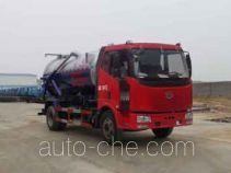 程力威牌CLW5120GXWC4型吸污车