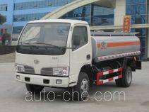 程力威牌CLW5820G型罐式低速货车